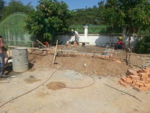 Preparing the slab for the guardhouse